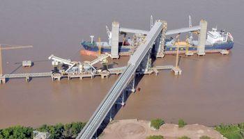 Cargill suspendió operaciones por una protesta en Puerto General San Martín