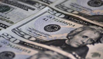 El dólar oficial bajó a $ 8,01 y el blue a $ 10,80