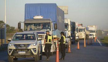 Nuevas medidas restrictivas para el ingreso a Córdoba y Santa Fe: cómo afecta a productores y transportistas