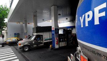 YPF y Shell aumentaron 2,8% el precio de la nafta