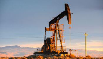 Cae producción de gas y la de petróleo baja al nivel de hace 36 años