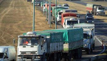 """Transportistas rurales denuncian el """"estado deplorable"""" de los accesos portuarios en Santa Fe"""