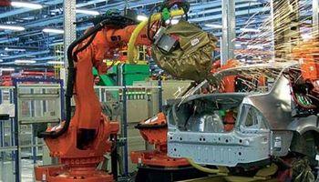 La producción de 0 km cayó 20% en noviembre y la exportación casi un 25%