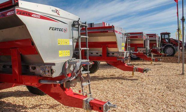 En el marco del simposio los visitantes podrán observar de cerca una Fértil 4500 de la línea de fertilizadoras Serie 5.
