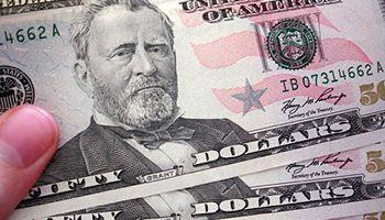 El dólar oficial se disparó a $8,01