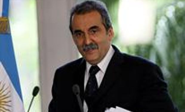 Moreno advirtió que el cepo a las importaciones seguirá otros dos años
