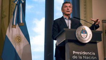 """Macri anunció la decisión de pedir apoyo financiero al FMI """"de manera preventiva"""""""