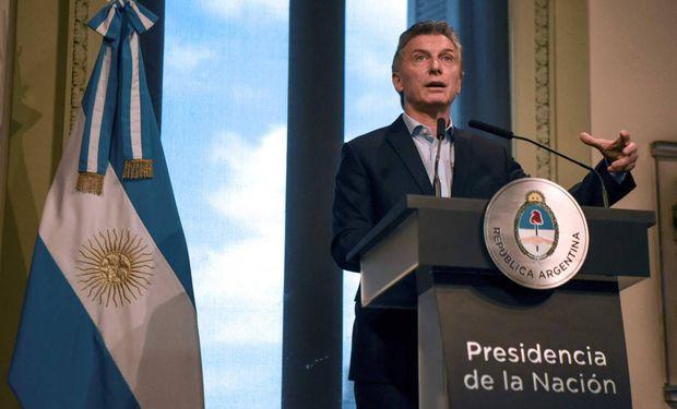 """Macri expresó que el objetivo es actuar """"de manera preventiva"""" y así evitar una """"gran crisis económica""""."""