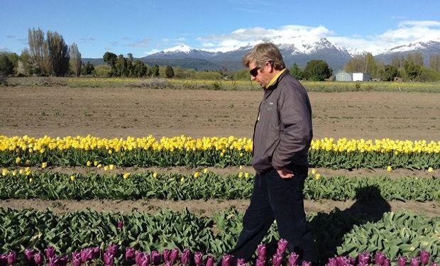 Juan Carlos Ledesma en sus plantaciones. Foto: Turismo de Bolsillo