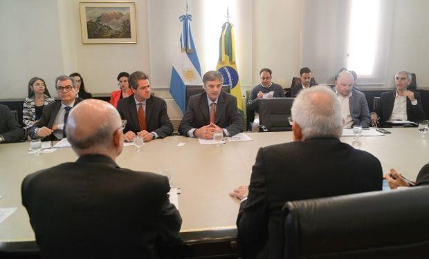Participaron funcionarios de la Dirección Nacional del MERCOSUR y otras áreas de la Cancillería, el Director de Biocombustibles de la Secretaría de Energía, Agustín Torroba, entre otros.