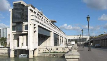 El Club de París citó al Gobierno para negociar la deuda