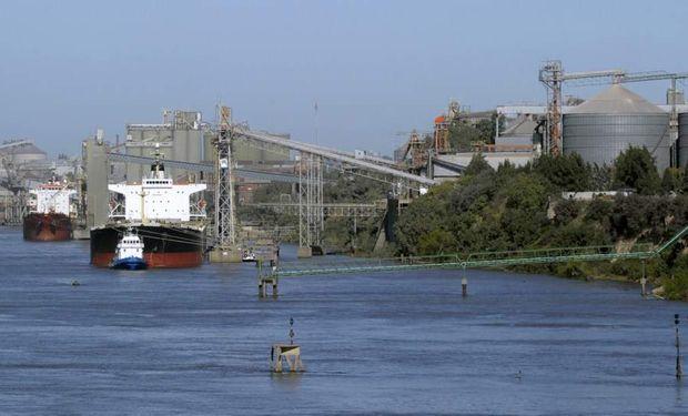Exportadores respaldaron al Senasa en el desmantelamiento de una red que demoraba certificaciones a los buques.