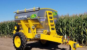 SR lanza dos nuevas fertilizadoras y la nueva línea DPX