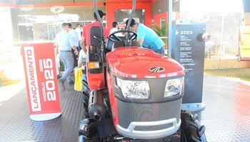 Mahindra lanzó en Agrishow un nuevo tractor frutihortícola
