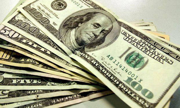 El dólar se acerca a los $18.