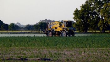 Buenos Aires: productores mostraron su preocupación por la regulación de fitosanitarios
