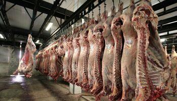 Matarifes alertan una puja entre la exportación y el mercado interno que repercutirá en el precio de la carne