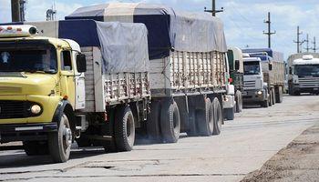 Vetan el aumento de la tasa vial y el transporte de granos vuelve a Arroyo Seco