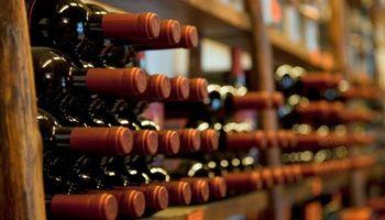 La industria del vino discute quita en las retenciones