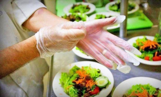 La manipulación segura de alimentos es uno de los cursos gratuitos que se ofrecen.