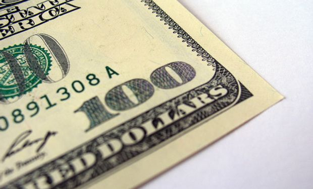 Dólar oficial subió un centavo