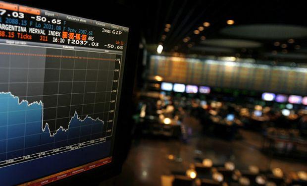 Se derrumban hasta 7% las acciones de los bancos argentinos en Wall Street