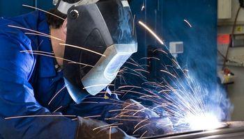 Luz verde para la industria: más de 15 actividades fueron habilitadas para comenzar a trabajar