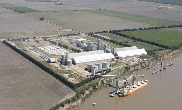 La menor molienda de soja trajo aparejada una menor producción de aceite de soja en el mes de marzo.