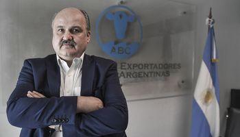 """Mario Ravettino al anunciar inversiones en frigoríficos: """"Vamos a llevar las exportaciones a 1,25 millones de toneladas"""""""