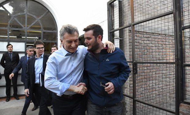 Julian Sabattini junto a Mauricio Macri.
