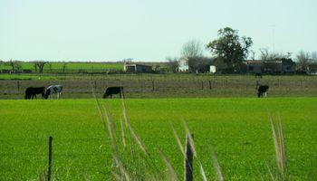Arraigo rural: firman acuerdo para repoblar cinco localidades del sur de Santa Fe