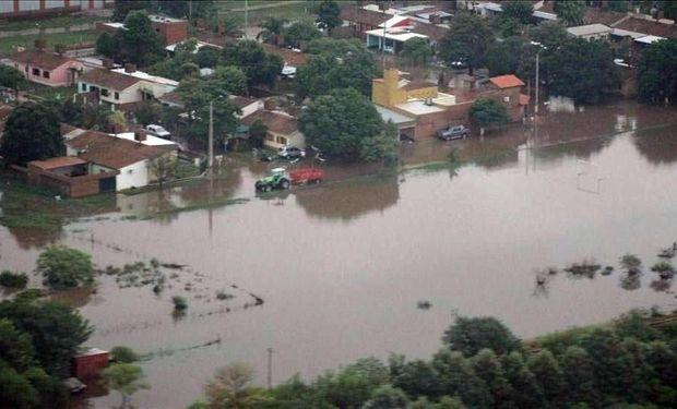 Inundaciones en Anta. Foto tomada de Twitter @HolaSaltaYa.