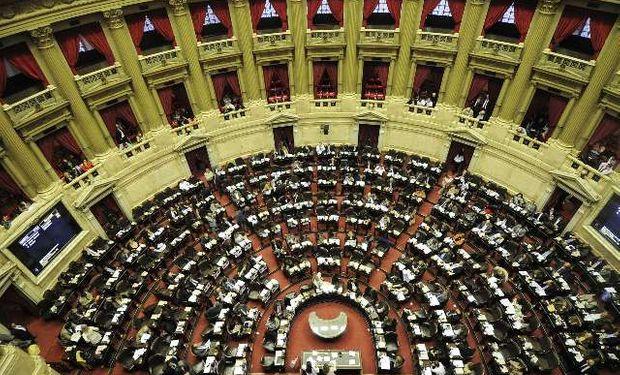 La decisión de avanzar con el tratamiento de los tres temas impulsados por el Gobierno nacional se tomó durante la reunión de Labor Parlamentaria de ayer.