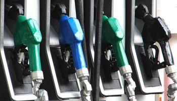 Mañana aumentan las naftas un 3,8%