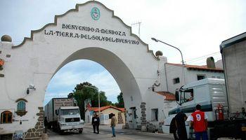 Mendoza aprobó el protocolo para que ganaderos salgan de la provincia y habilitó un registro