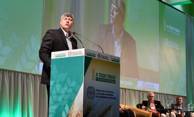 """""""En el 2011 este congreso se llamó """"salvemos al trigo"""" y yo les vengo a decir que el trigo se salvó en diciembre del 2015""""."""