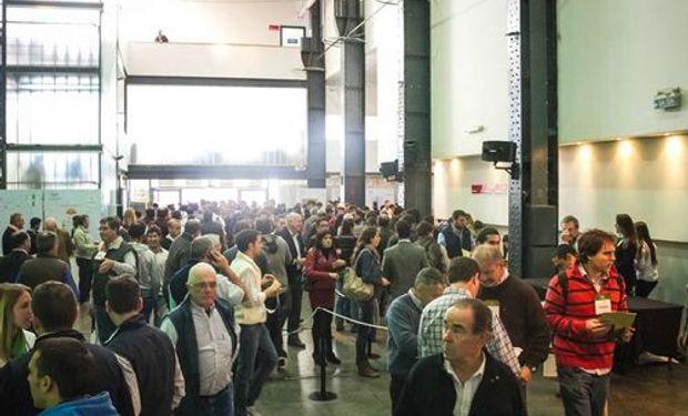 Este miércoles 6 de Agosto en el Salón Metropolitano de la ciudad de Rosario, con casi 3 mil personas inscriptas, comenzó el XXII Congreso Anual de Aapresid.