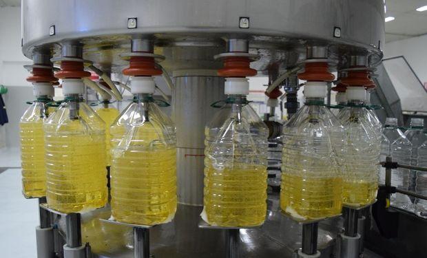 Todo transcurre en la planta de refinado ubicada en Valentín Alsina.