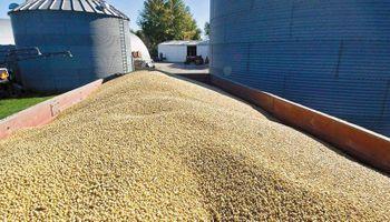 AGD inaugura en Chaco un acopio de granos con estación ferroviaria