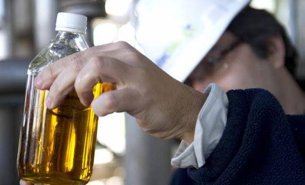 Se firmó el acuerdo con los cañeros para la distribución del cupo del 2% de aumento de alcohol para el Bioetanol.