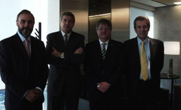 Marcelo Mc Grech (Agro BGalicia) - Juan Sarquís (Banca Mayorista BGalicia) - Rubén Ferrero (Presidente CRA) - Daniel Llambías (Gerente General BGalicia).