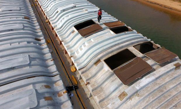 Las barcazas son de origen paraguayo.