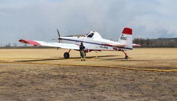 """Díaz Ferrari: """"Al avión aeroaplicador lo ven como un demonio, y al que lucha contra incendios, como el salvador"""""""