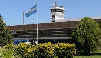 Tras 75 días volvió a operar el aeropuerto de Rosario