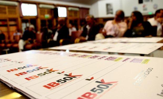 Desde el año 2009, el IB50K premia con más de US$ 50.000 a las iniciativas tecnoemprendedoras de jóvenes.