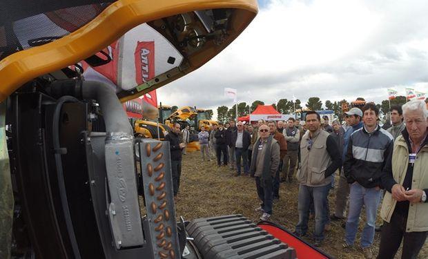 Valtra presentó su nueva línea de tractores AR.