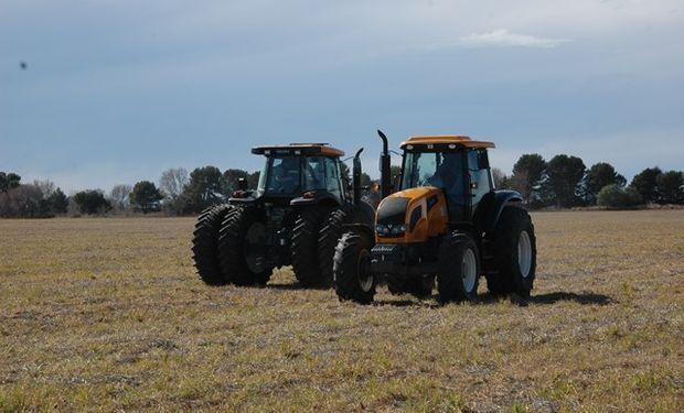 Se abordaron  temas técnicos de la línea AR como así también del resto de las líneas de tractores.