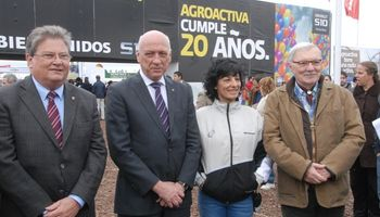 El día inicial de AgroActiva estuvo marcado por las visitas de dirigentes políticos y rurales