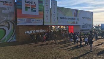 """Sol, """"fierros"""", emoción, música y ganadería en el segundo día de AgroActiva"""