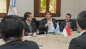Argentina busca incrementar el intercambio comercial de alimentos con Singapur